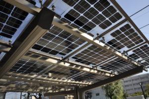 両面受光型太陽電池