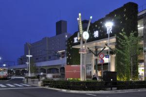 JR駅前 キクカワ特注街路灯 (東京・武蔵野市)